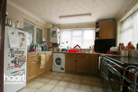 3 bedroom semi-detached house for sale - Berechurch Hall Road, Colchester
