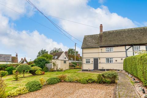 2 bedroom cottage for sale - Old End, Padbury