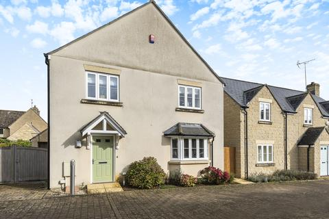 4 bedroom detached house for sale - Shrivenham