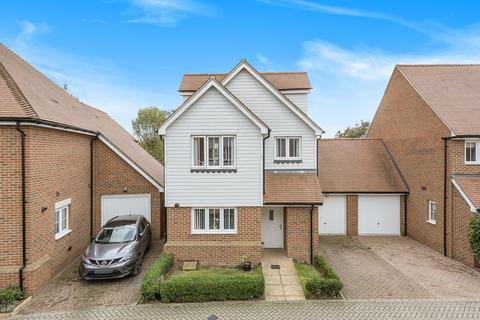 4 bedroom detached house for sale - Leonard Gould Way, Loose
