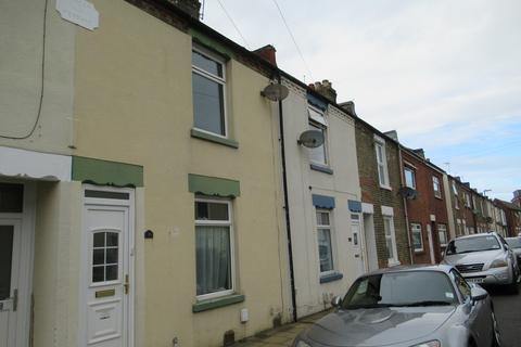 2 bedroom terraced house to rent - Leonard Road, Gosport