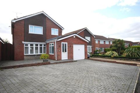 3 bedroom detached house for sale - Liscum Way, Barry, Vale of Glamorgan, CF62 8AB