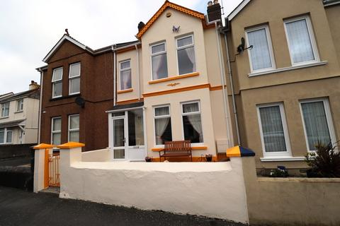 3 bedroom terraced house for sale - Victoria Street, Torpoint