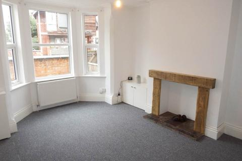 3 bedroom house to rent - Victoria Road, Netherfield, Nottingham