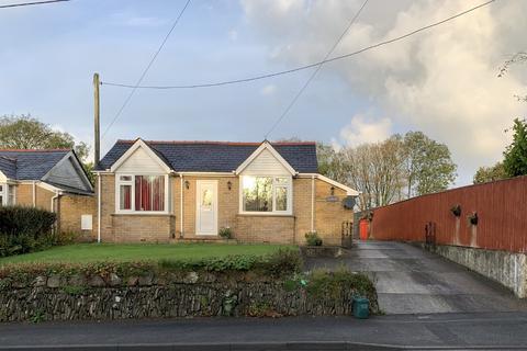 2 bedroom detached bungalow for sale - Llandissilio, Clynderwen