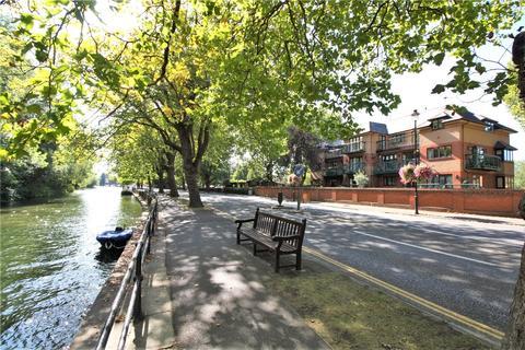 3 bedroom penthouse to rent - Lysander Mead, Derek Road, Maidenhead, Berkshire, SL6