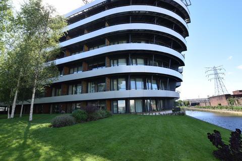 2 bedroom apartment to rent - Woodfield Road, Altrincham, Cheshire, WA14