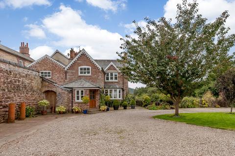 7 bedroom farm house for sale - Goodrich