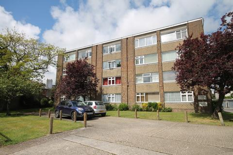 Studio to rent - Steyning House, Broadwater Street East, Worthing, BN14 9AF