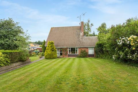 5 bedroom detached house to rent - Beaconsfield
