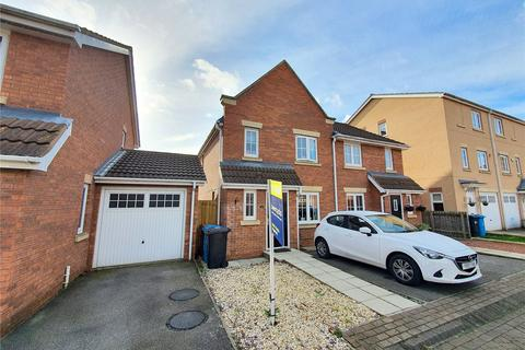 3 bedroom semi-detached house for sale - Halecroft Park, Kingswood, Hull, East Yorkshire, HU7