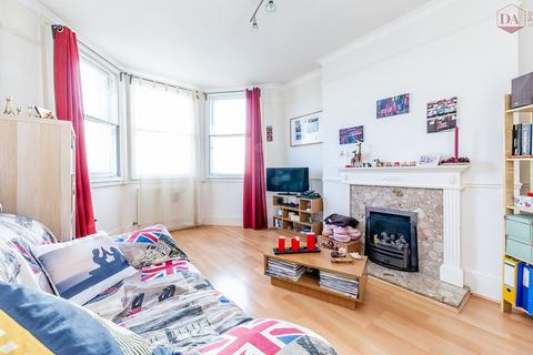 2 bedroom flat for sale - Birkbeck Mansions, Birkbeck Road, Crouch End N8