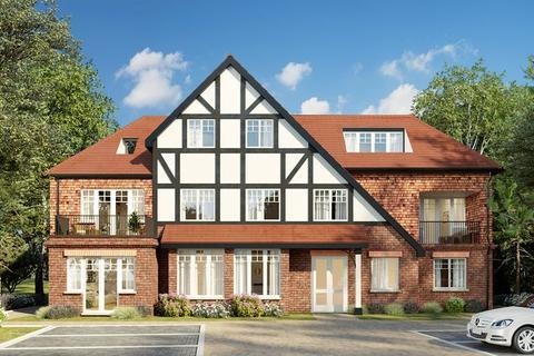 3 bedroom apartment for sale - Woodcote Valley Road, West Purley