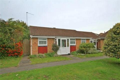 3 bedroom bungalow for sale - Royal Drive, Epsom