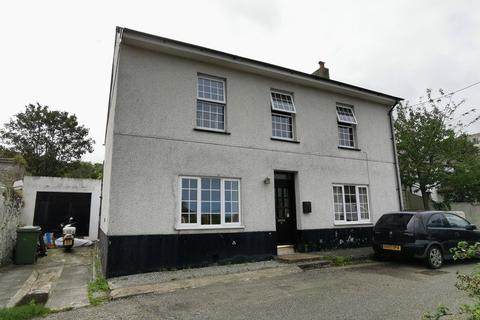 4 bedroom end of terrace house for sale - Ventonleague Hill, Hayle