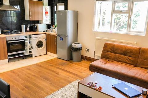 1 bedroom flat to rent - Cotswold Gardens, Cricklewood, London, NW2 1PG