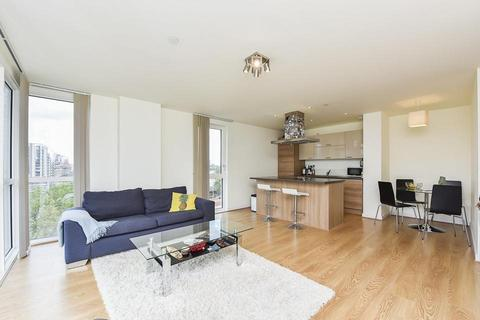 2 bedroom flat to rent - Hay Currie Street, London E14