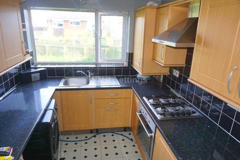 2 bedroom flat to rent - Meldon Avenue, Sherburn Village