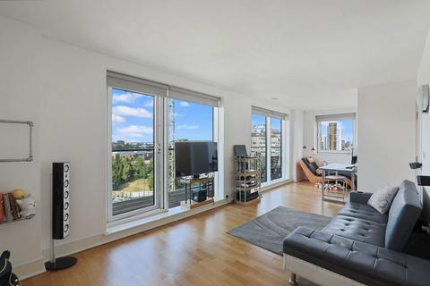 2 bedroom apartment for sale - Wharfside Point North, Docklands E14