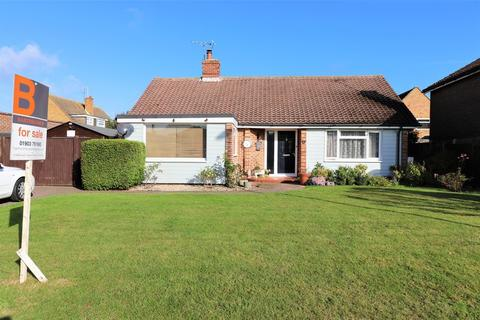 3 bedroom detached bungalow for sale - Old Worthing Road, East Preston