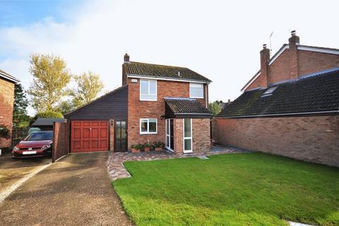 3 bedroom detached house for sale - Ickford