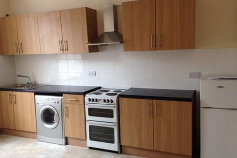 5 bedroom house share to rent - Room, Leeds
