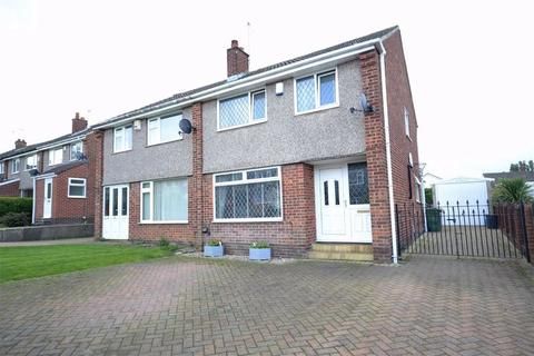 3 bedroom semi-detached house for sale - Eskdale Grove, Garforth, Leeds, LS25