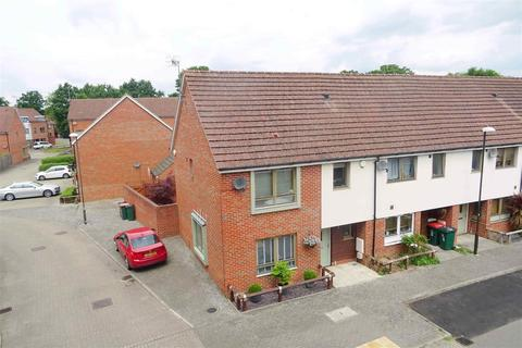 3 bedroom end of terrace house to rent - Spartan Way, Ifield Green