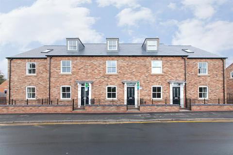 3 bedroom townhouse for sale - New Street, Pocklington, York, YO42 2QA