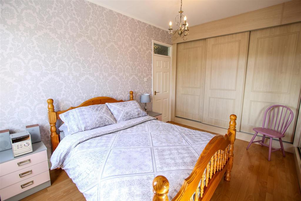 Bedroom   Rear