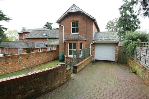 2 bedroom semi-detached house to rent - St. Peters Avenue, Caversham, Reading