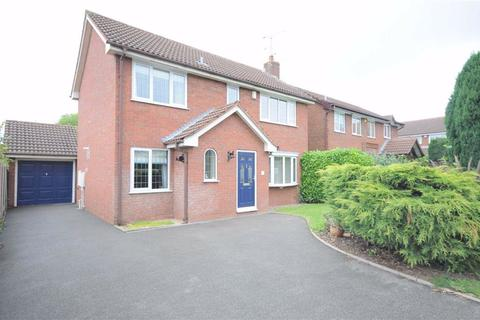 4 bedroom detached house for sale - Lyndhurst Grove, Stone