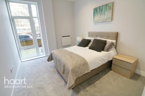 2 bedroom flat for sale - Victoria Avenue, Westcliff On Sea