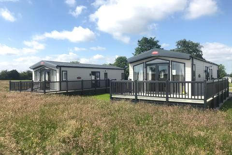 2 bedroom lodge for sale - Blackford Cumbria