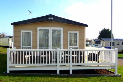 2 bedroom static caravan for sale - Caister-on-Sea Holiday Park, Norfolk