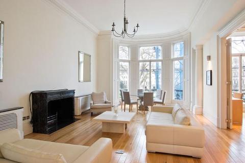 2 bedroom flat to rent - Ennismore Gardens, London, SW7