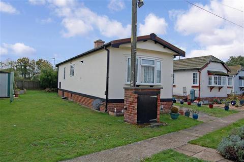 2 bedroom park home for sale - Burmarsh Road, Hythe, Kent