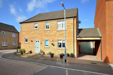 3 bedroom detached house for sale - Swan Road, Dereham