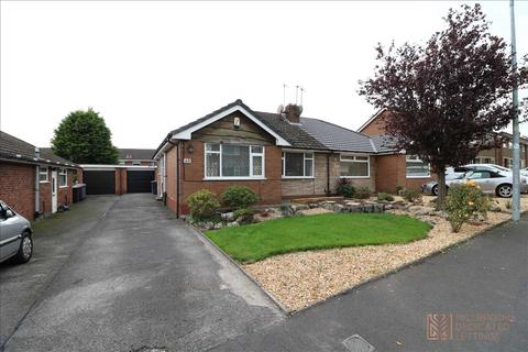 2 bedroom bungalow to rent - Wyre Drive, Boothstown, M28 1HH
