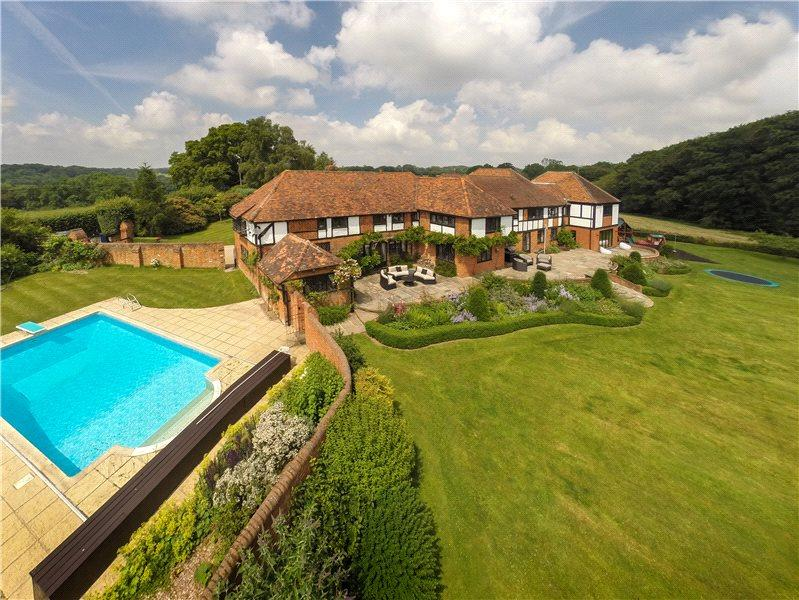 6 Bedrooms Detached House for sale in Turville Heath, Henley-On-Thames, Oxfordshire, RG9
