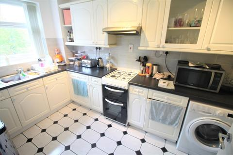 2 bedroom apartment to rent - Hollymount Hagley Road