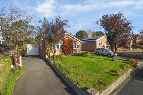 2 bedroom detached bungalow for sale - Swaledale Avenue, Congleton