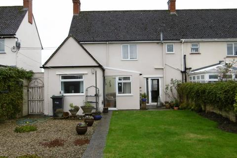 3 bedroom terraced house to rent - Penn Hill Road, Calne