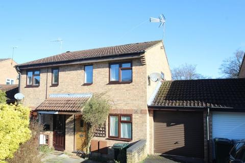 2 bedroom semi-detached house to rent - Rushbrooke Close, High Wycombe