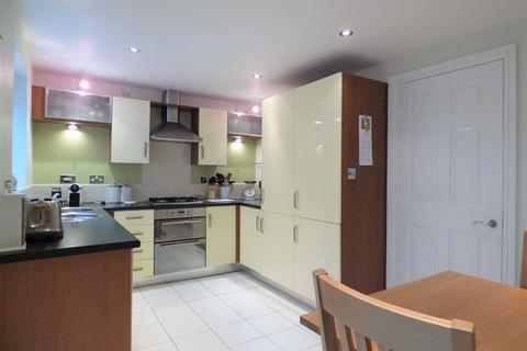 3 bedroom semi-detached house to rent - Narborough Court, Beverley
