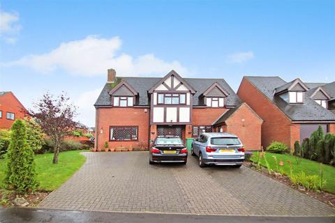 4 bedroom detached house for sale - The Meadows, Hilderstone, Stone