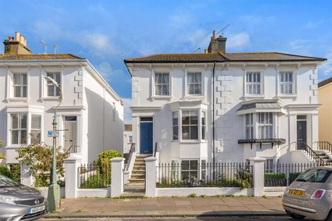4 bedroom semi-detached house for sale - Osborne Villas, Hove