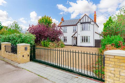 3 bedroom detached house for sale - Maldon Road, Burnham-On-Crouch