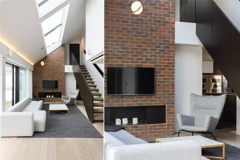 2 bedroom penthouse to rent - Duke of York Street, London, SW1Y