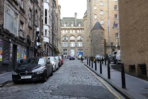 2 bedroom flat for sale - Niddry Street, 2f2, Edinburgh EH1